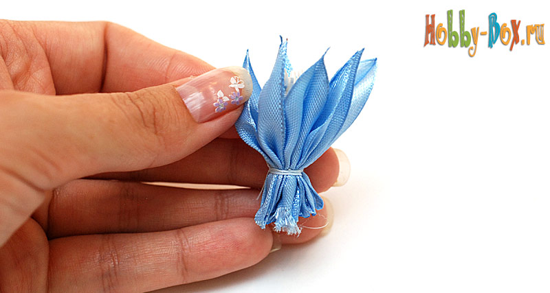 Мастер-класс. Нарядный Бант-цветок из лент своими руками